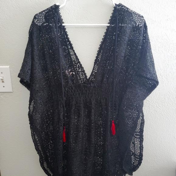 Women's black bathingsuit cover